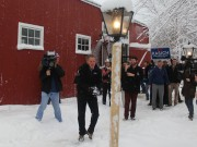 Kasich snowfight New Hampshire